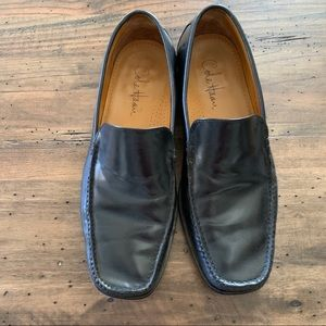 Cole Haan Mens loafers. Black. Size 8.